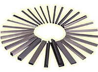 SOFT-SHIELD 3500 Low Closure Force EMI Strip Gaskets 2